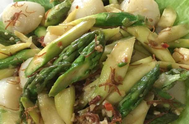 Asparagus-with-Fresh-Scallop-Recipe1-slide