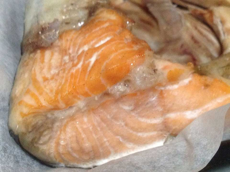how to cook salmon head sinigang