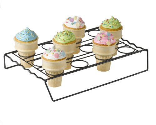 Betty-Crocker-Ice-Cream-Cone-Cupcake-Baking-Rack-0