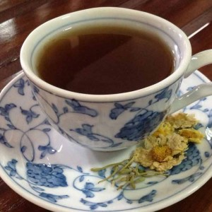 chrysanthemum herbal tea