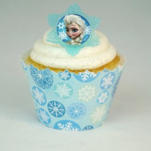 Frozen-cupcake-rings-and-Snowflake-cupcake-wrappers-combo-0