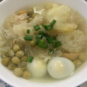 white fungus with fish maw soup recipe