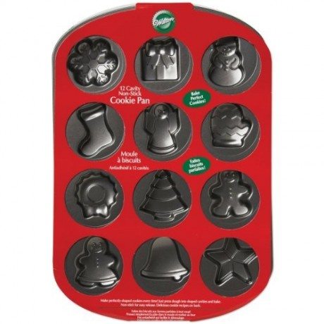 Wilton-Christmas-Cookie-Shapes-Pan-0